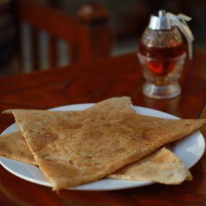 خبز رقاق جبن وبطاطس عمان